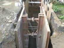 Kanalisationsanschluss - Graben mit Elementen