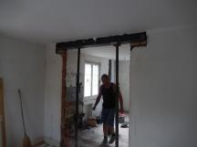 Stahlträger einsetzen bei Abbruch von tragenden Innenwänden
