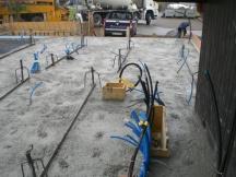 Neubau EFH in Oeschgen, Bodenplatte während des betonierens