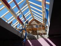 neuer Dachstuhl bei Mehrfamilienhaus Umbau Salinenstrasse