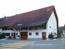 Altes Bauernhaus, best. Fassade mit Fasermaterial überspachtelt und Abrieb frisch erstellt.