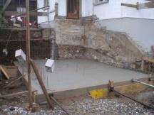 Garagenanbau, nach Aushub Bodenplatte betoniert.