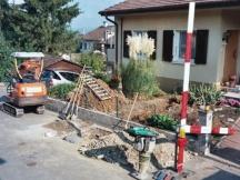 Wasserleitungsbrüche beim Hausanschluss.