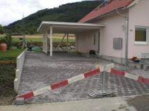 Umgebungsarbeiten um Neubau in Frick, Sickerverbundsteine.